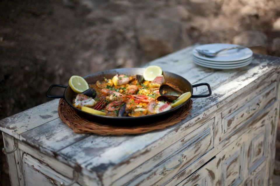 Fresh paella
