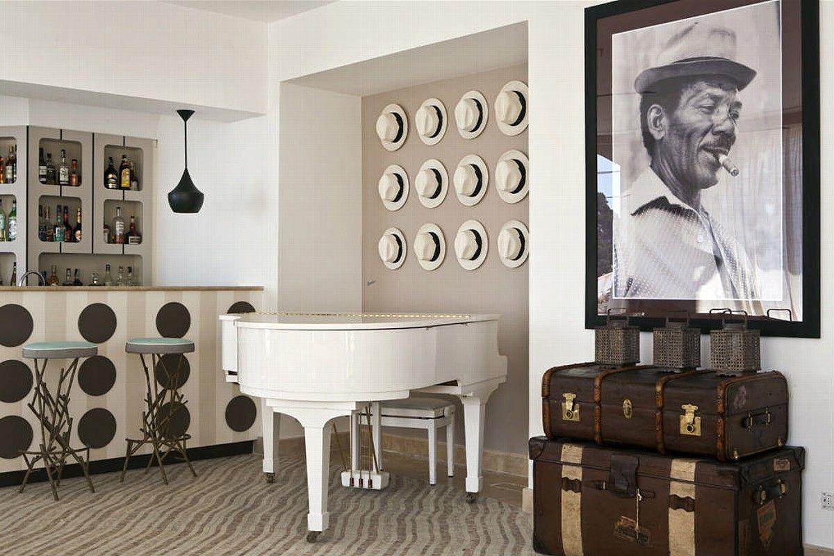 White piano and Borsalino panama hats
