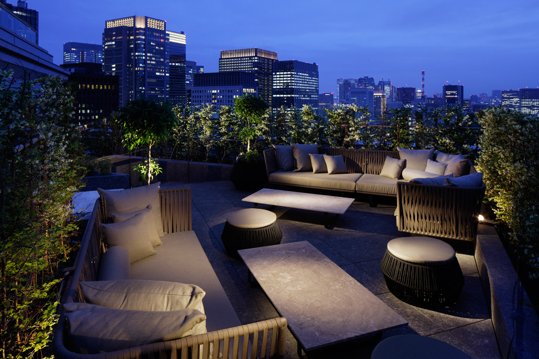 Club Lounge Terrace