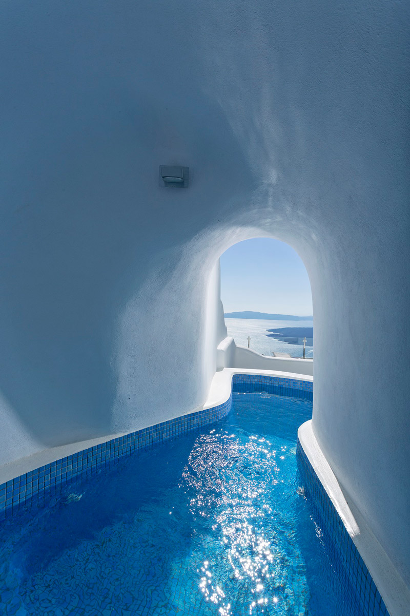Fresh water plunge pool