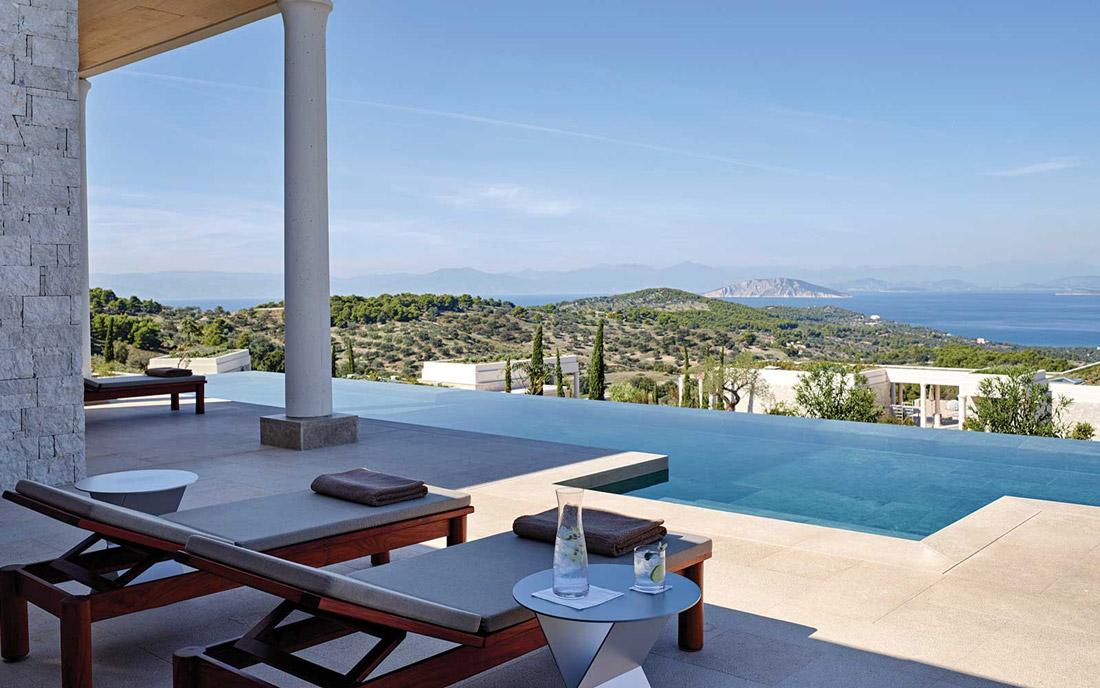 Luxury resort with infinity pool