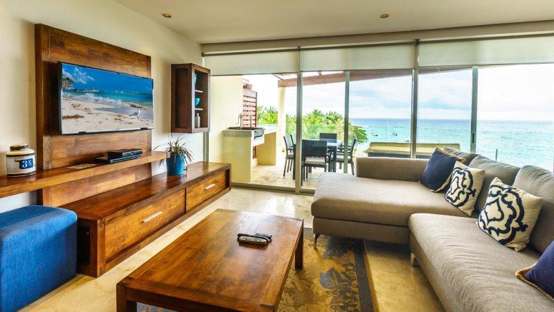 Luxury condo hotel
