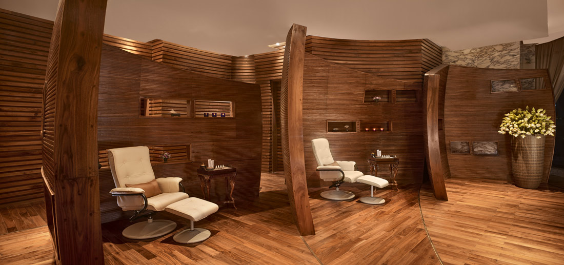 Manicure and pedicure area